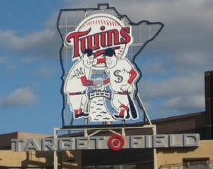 Target-Field-St-Paul-Minnie-Hands