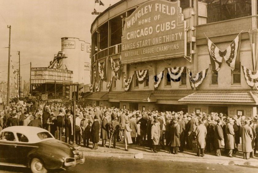 Chicago-Cubs-Wrigley-Field-World-Series-1945.jpg